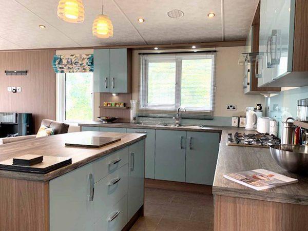 Pemberton Arrondale lodge Kitchen Gwalia Falls Retreat Tresaith Beach